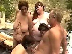 Fat mature gets cum in orgy otudoor