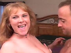 Busty horny lady do perfect blowjob