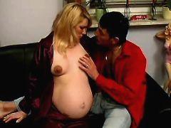 Man seduces pregnant blonde girl